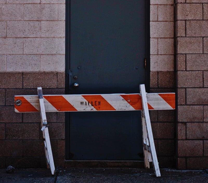 dør-på-arbeidsplassen-har-blitt-blokkert